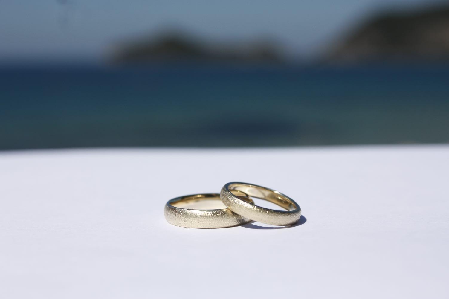 Wedding Ring Classic Gold Matt - Ilios Living Art