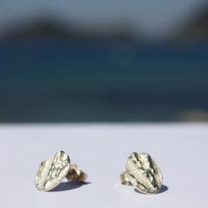 Korallenohrstecker Gold