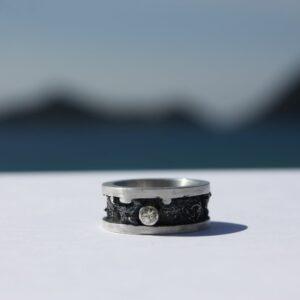 Ring Spitze Saphir